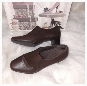 Brown Heeled Mules Shoes size 8